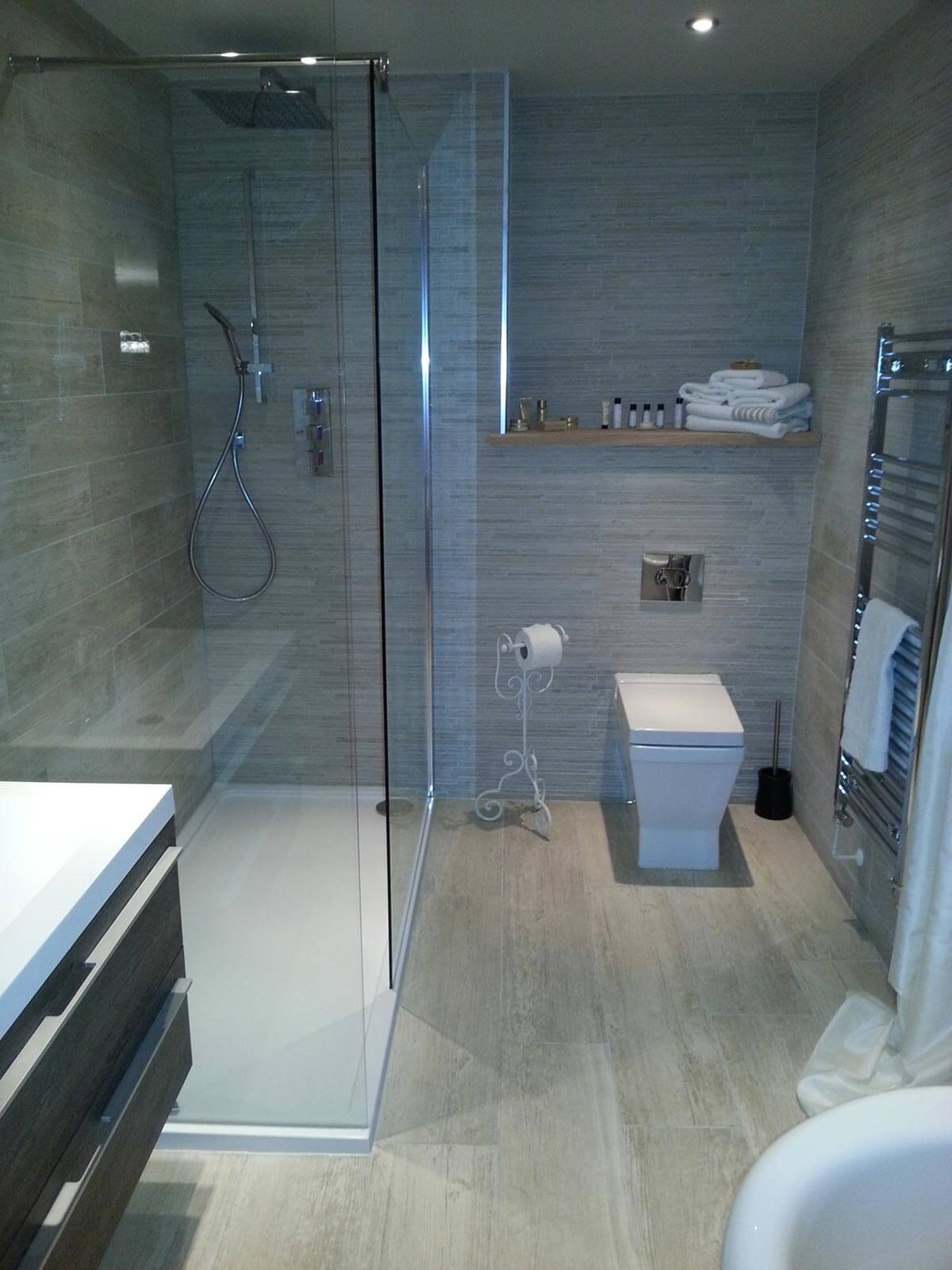 Tiles market drayton wood effect porcelain tiles bathroom tiles market drayton dailygadgetfo Image collections